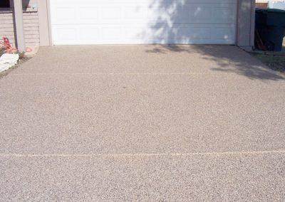 epoxy-finish-front-driveway