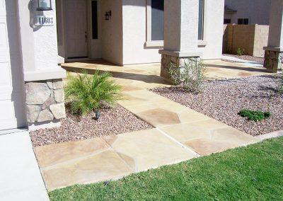 faux-flagstone-frontyard-footpath