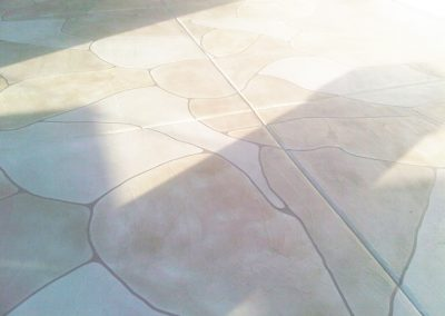 faux-flagstone-rounded-edge-patio