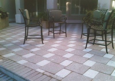 pavers-backyard-sitting-area