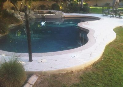 pavers-swimming-pool-decking